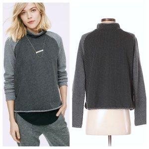 Lou & Grey 🌵 Houndstooth Mockneck Popover Sweater